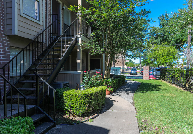Winchester Place Apartments
