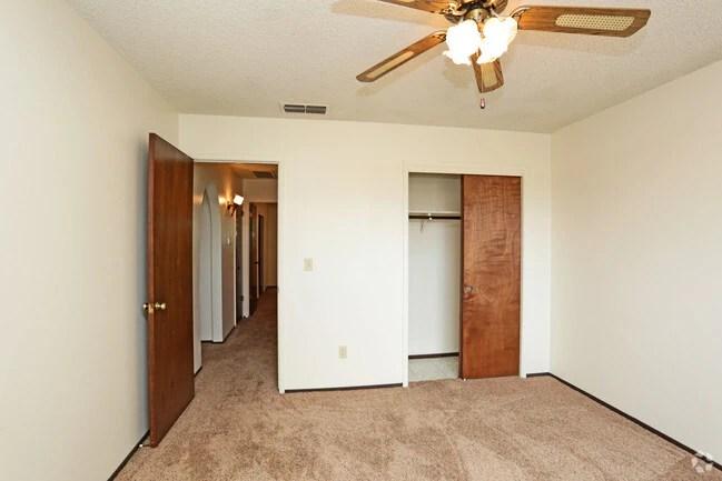 Scottsmen Apartments Apartments