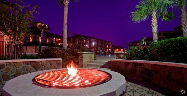Fire Pit Mira Loma Apartment Homes