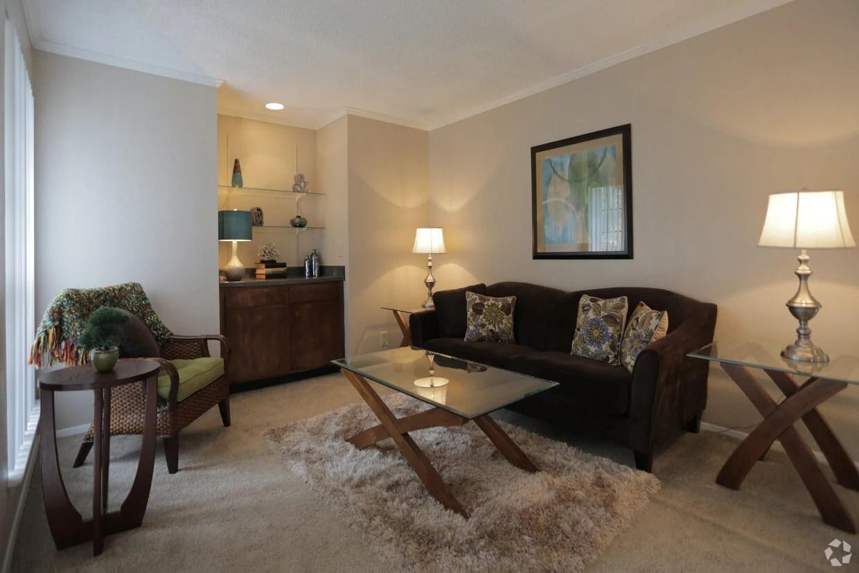 Silver Oaks Apartments Apartments  San Antonio TX