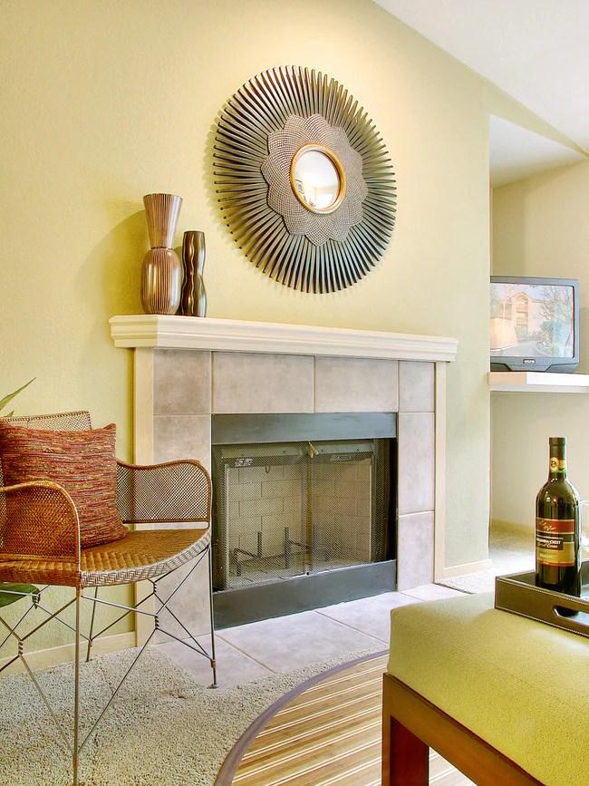 Living Room Meridian Pointe
