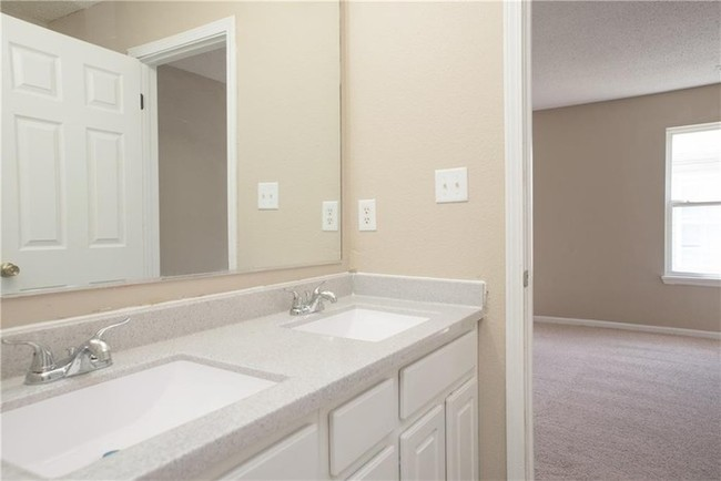 10840 Orchard Valley Way Indianapolis