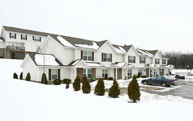 Madison Grove Apartments  Slippery Rock PA  Apartmentscom
