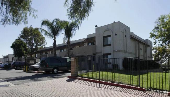Hillcrest Apartments Apartments