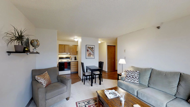 1br 1ba Capitol Centre Court Apartments