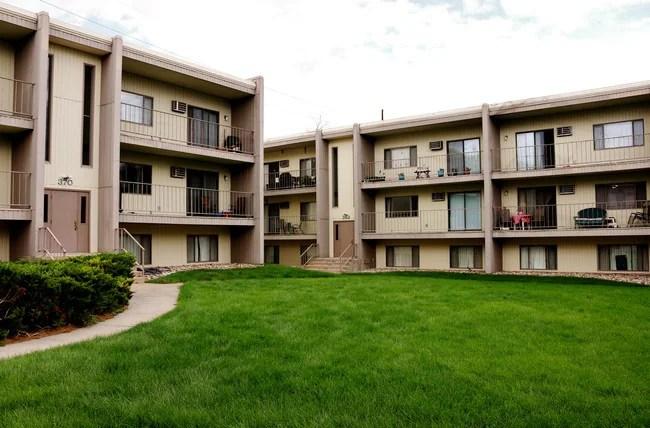 Civic Plaza Apartments Apartments