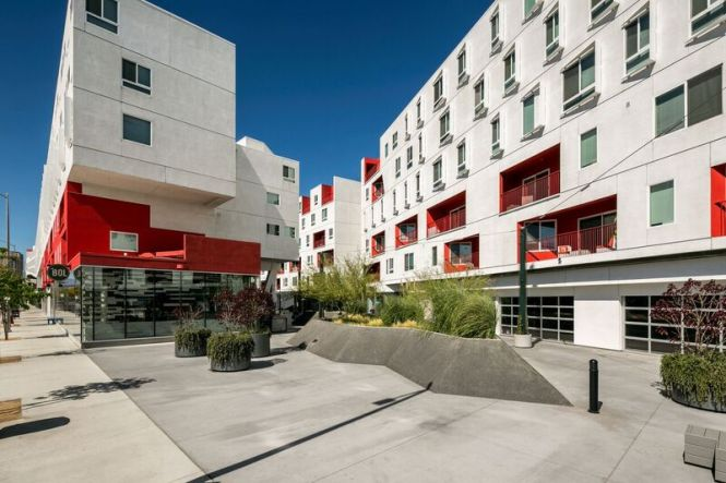 One Santa Fe Residential Apartments In Los Angeles Ca Westside Als