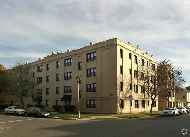 grove apartments rentals - berwyn, il | apartments