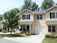 Beautiful Townhome with Attached Garage