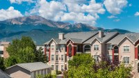Camelback Pointe Apartment Homes Rentals - Colorado ...