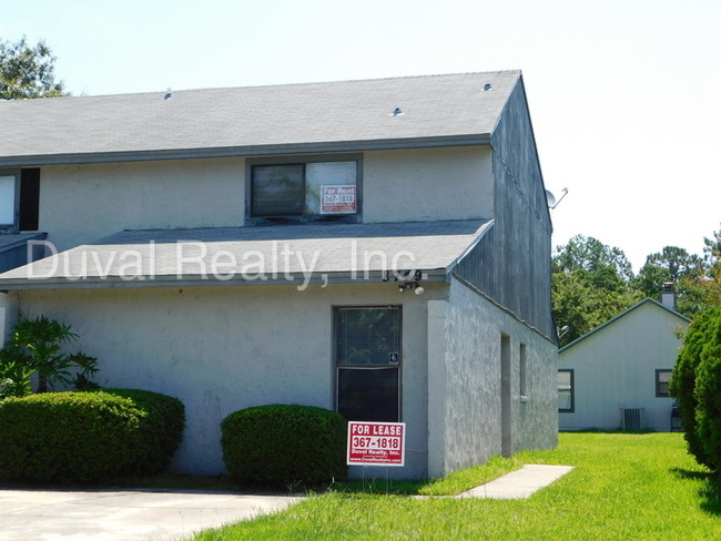 3 bedroom 2 bath townhome  House for Rent in Jacksonville FL  Apartmentscom