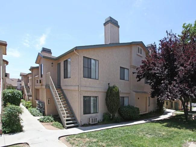 Fallbrook Hills Apartments