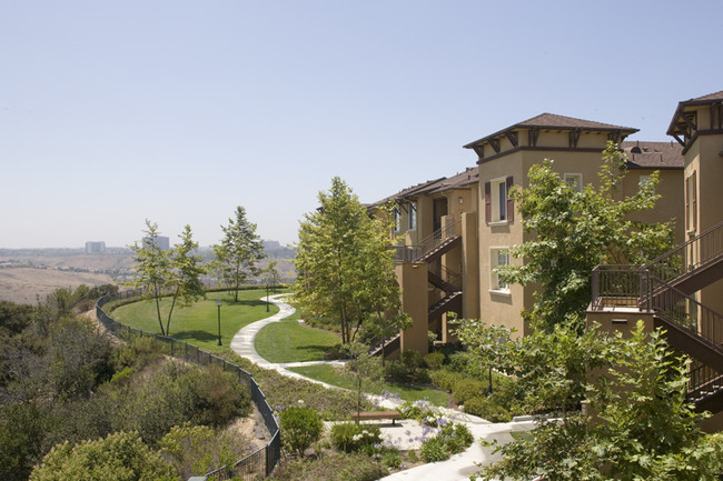 Torrey Ridge Apartment Homes Rentals  San Diego CA  Apartmentscom