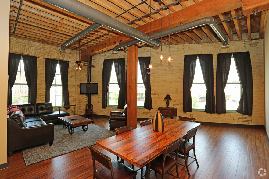 Pritzlaff Lofts Rentals  Milwaukee WI  Apartmentscom