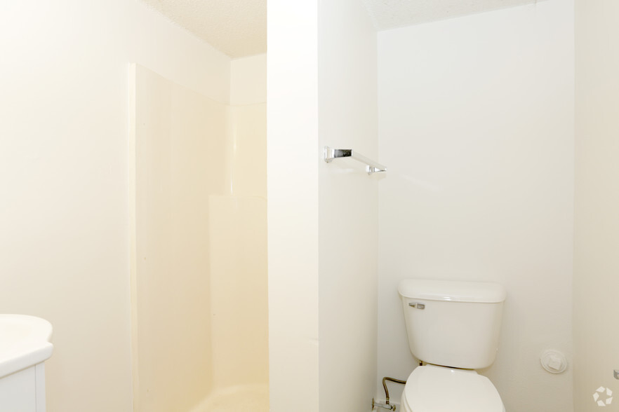 2 Bedroom Apartments With Utilities Included A Plus Design Reference