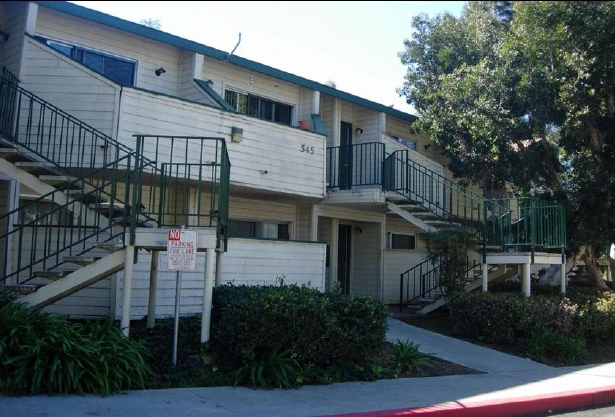 Apartment In Fallbrook 3 Bed 2 Bath 1550