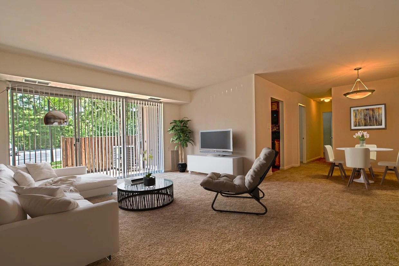 Woodside Apartments Rentals