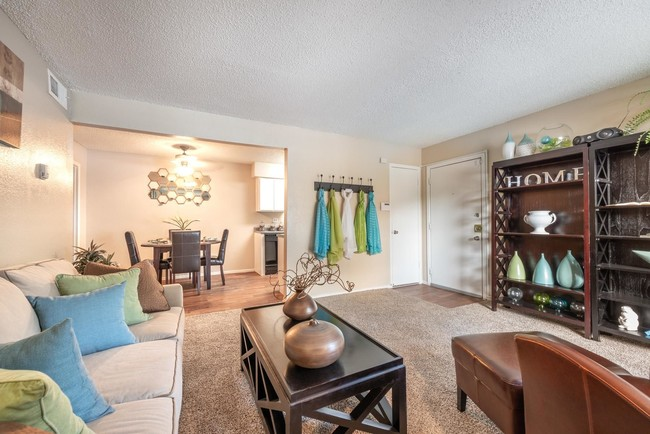 Harwood Apartments North Richland Hills