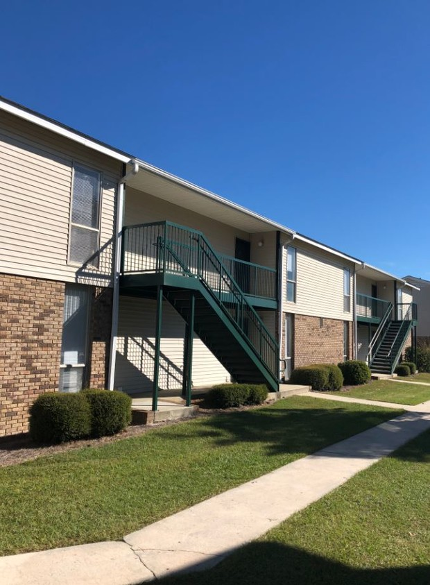 Meadowwood Apartments Apartments