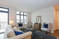 Harmonee Square Apartments Apartments - Wauwatosa, WI ...