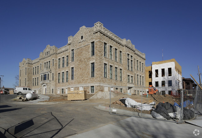 Norman School Lofts Rentals Kansas City MO