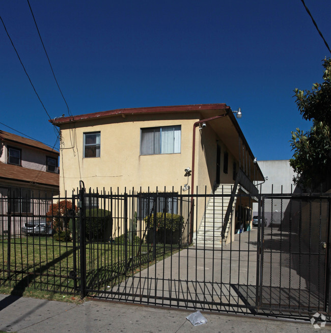 637 36th St Los Angeles Ca 90045