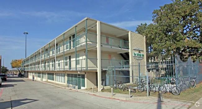 Primary Photo Unt College Inn