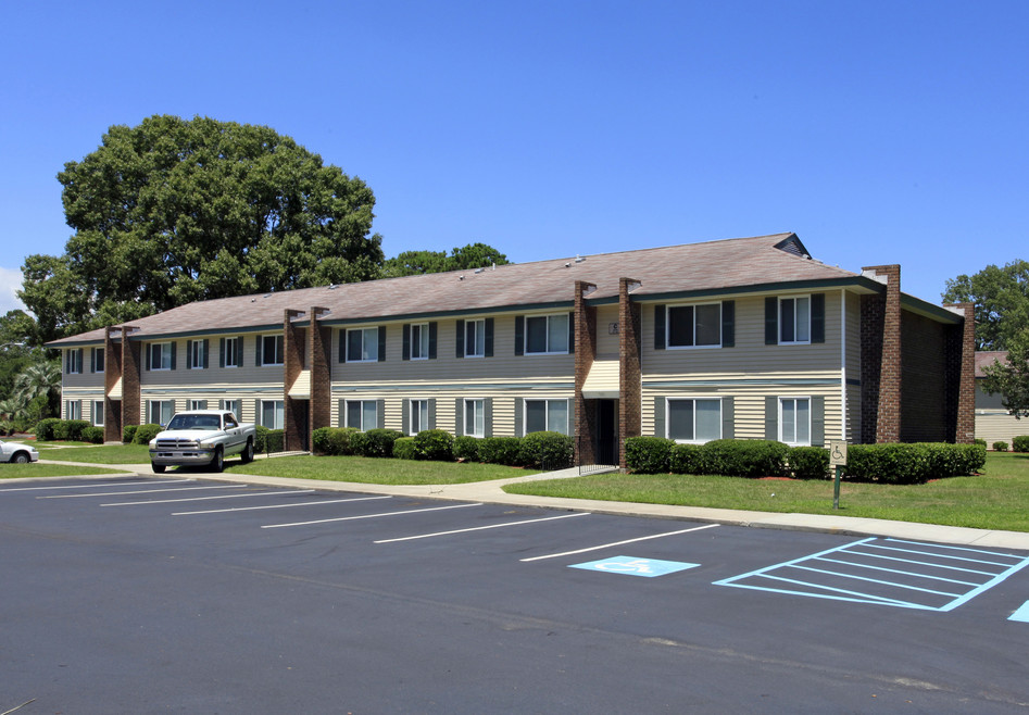 EME Apartments