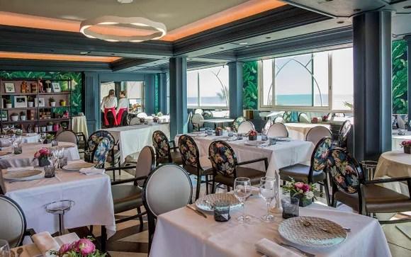 Grand Hotel Des Flamants Roses 4 Canet En Roussillon Up