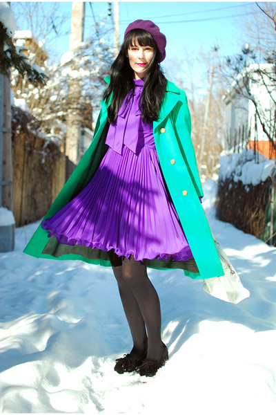 Purple-vintage-dress-chartreuse-vintage-coat-black-urban-outfitters-tights_400