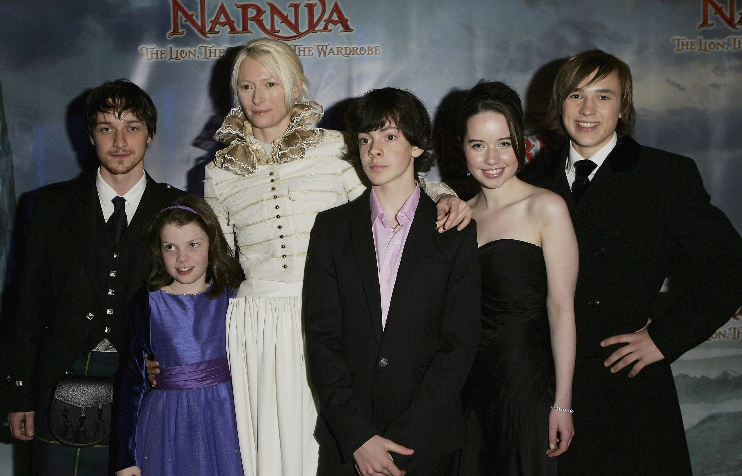 the chronicles of narnia silver chair 2016 double glider nursery anna popplewell images cast hd wallpaper and background