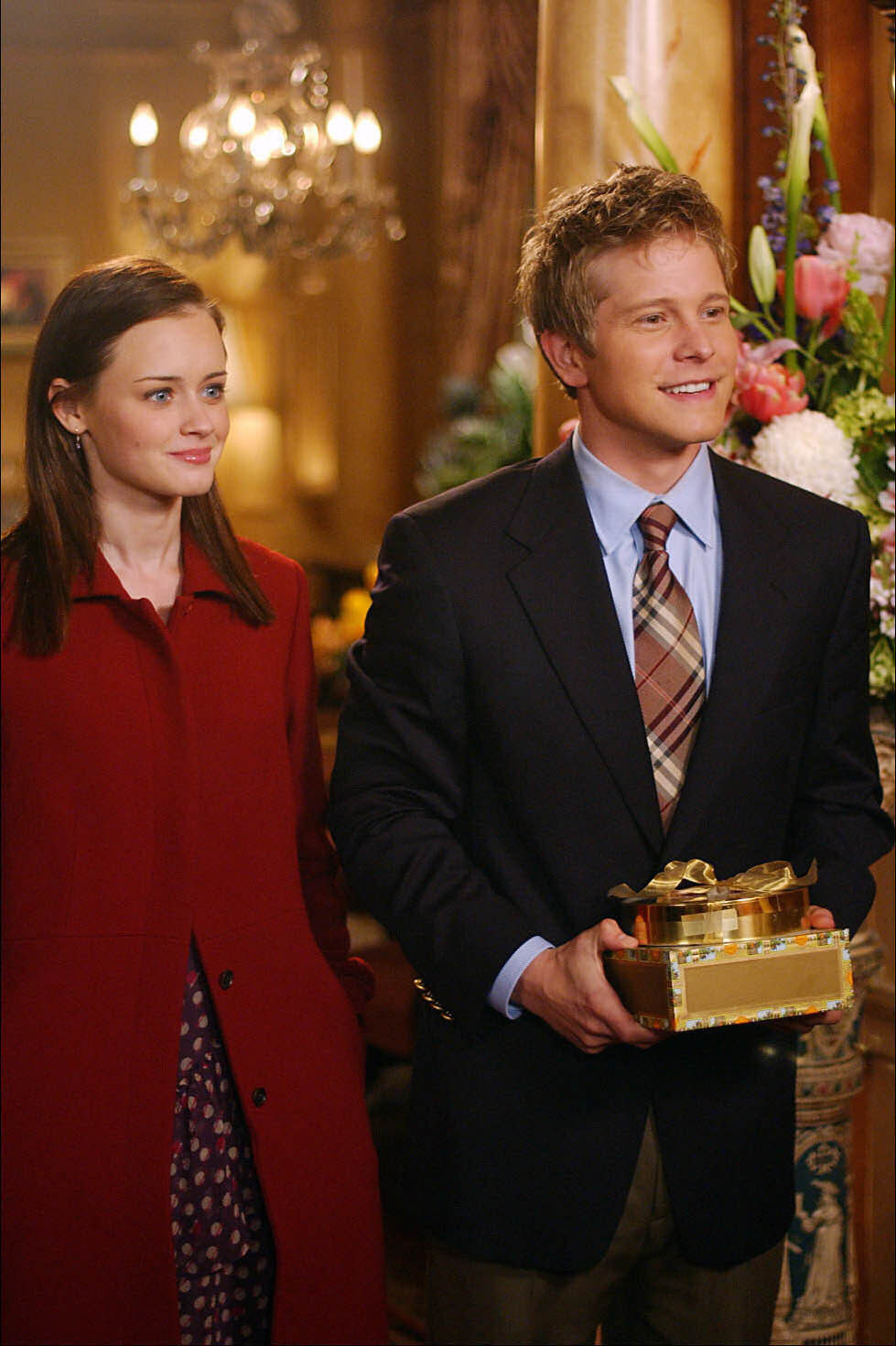 Gilmore Girls A Year In The Life Wallpaper Rory And Logan Rory And Logan Photo 2325330 Fanpop