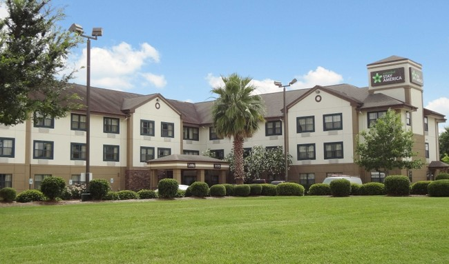 1 Bedroom Apartments for Rent in 77043, Houston, TX