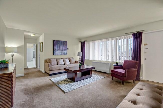 Photo Seminary Hill Apartments