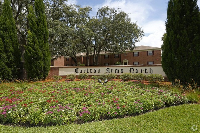 Carlton Arms North Apartments For Rent in Tampa, FL