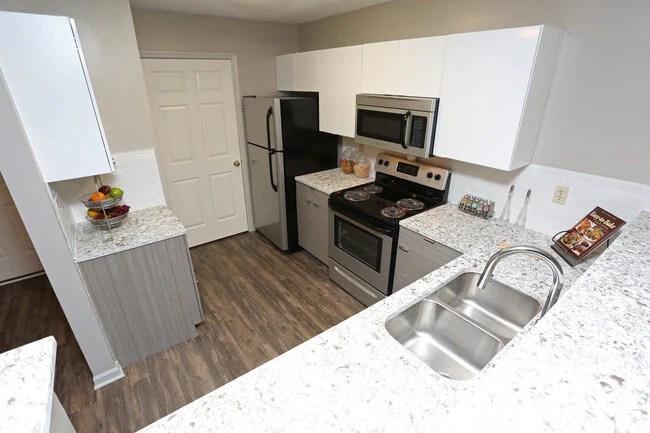 Photo Patchen Oaks Apartments