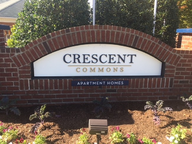 Crescent Commons Apartments For Rent in Fayetteville, NC