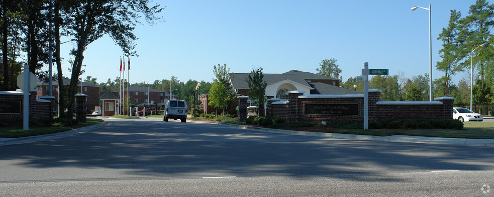Hidden Creek Village Apartments For Rent in Fayetteville