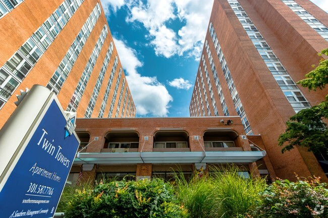 Apartments for Rent in 20910 Silver Spring MD  ForRentcom