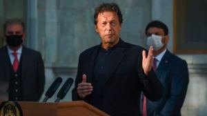imran khan shares bollywood movie Inquilaab clip to attack opposition