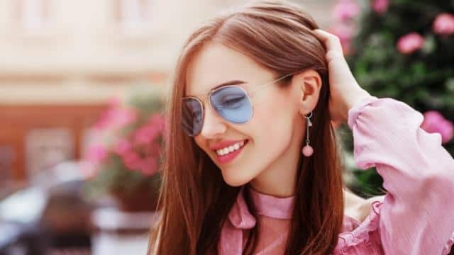 7 Stylish Earrings Every girl should try with a jeans-top
