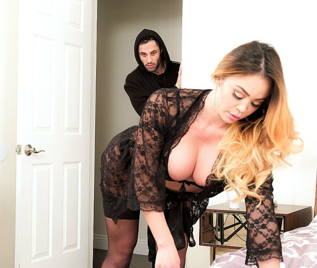 Play Porn Movie Watch Mia Lelani And Damon Dice 4k Video In Neighbor Affair