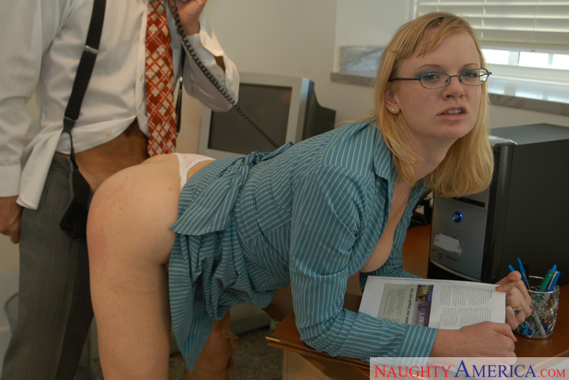 Hayley Rivers fucking in the desk with her natural tits