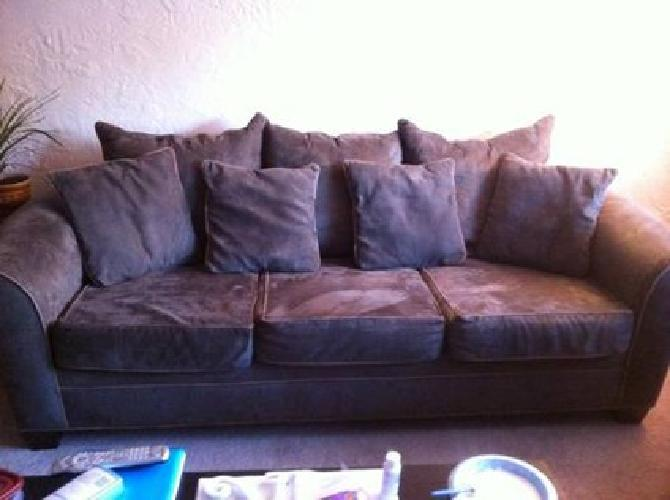 150 Very Nice Olive Green Kroehler Oversized Deep Sofa
