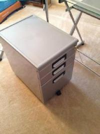 $75 Modern silver 3 drawer mobile filing cabinet for sale ...
