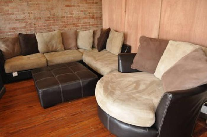 800 Rooms To Go Sectional Swivel Chair Ottoman 4pc For