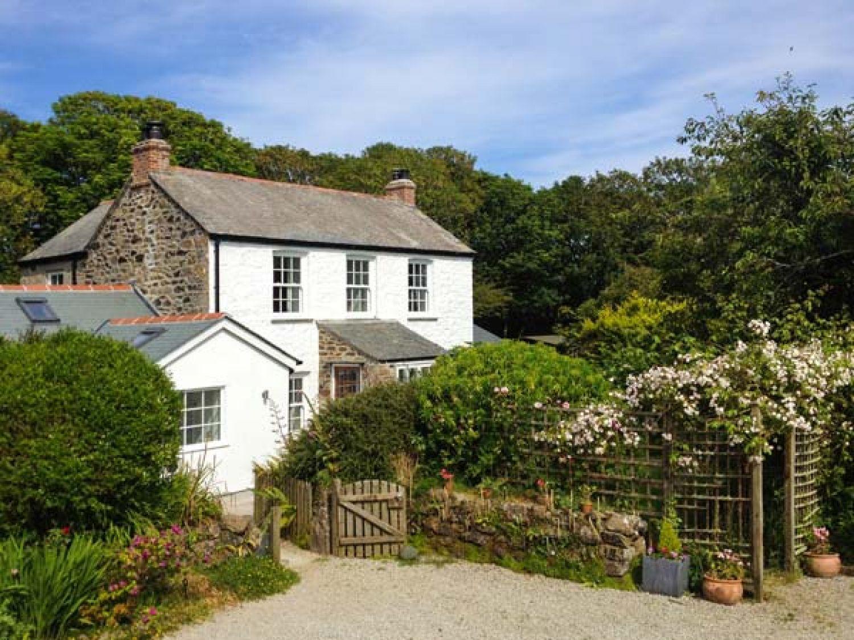 The Farmhouse Coverack Penhallick Cornwall Self