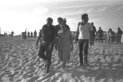 General Sharon with then-Prime Minister Golda Meir in Sinai, Egypt. Yom Kippur War. 1973 (Photo: GPO)