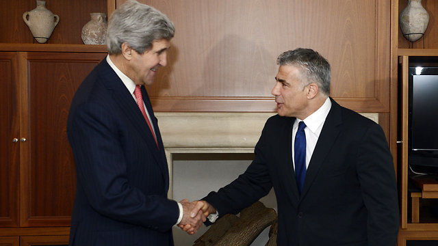 Kerry, Lapid in Jeusalem (Photo: Matti Stern, US embassy)