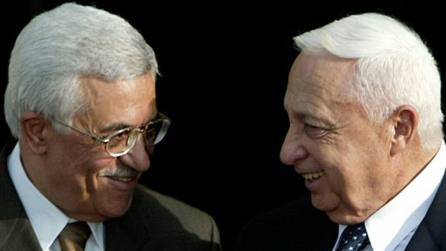 Sharon with Abbas (2003) (Photo: Reuters)